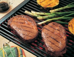 Lean beef steaks with pineapple glaze